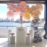 Balloon decoration table